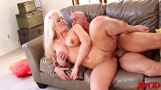 Cum in mouth for adorable Holly Heart after passionate fucking