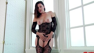 Busty housewife Sovereign Syre in lingerie gets fucked by say no to man
